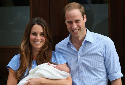 The Duke and Duchess of Cambridge with their newborn son, born 22nd July 2013. (Source: Huffington Post)